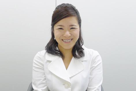 代表 代表 粟井 友美さん