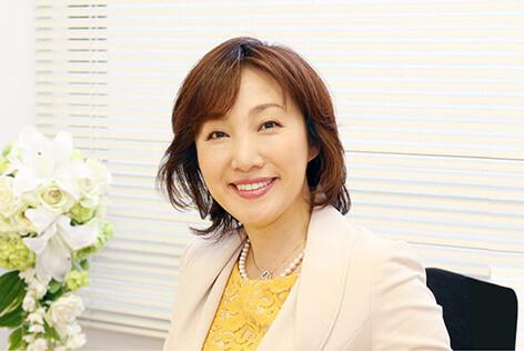 代表 代表 小川 真有美さん